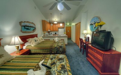 Deluxe Room – 1 or 2 Queen Beds