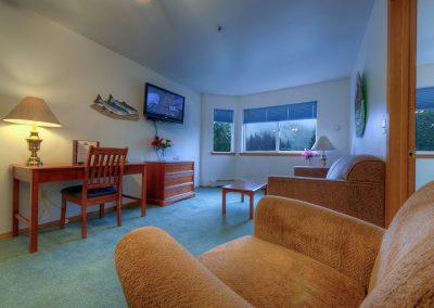 King Jacuzzi Suite in Juneau Alaska Frontier Suites Hotel in Juneau