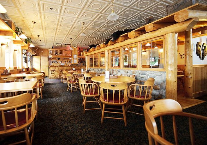 hotels in juneau restaurant