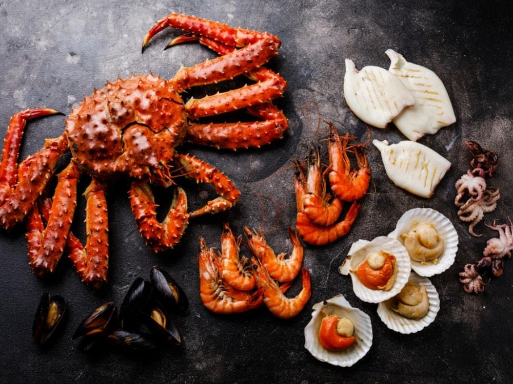 king crab prawns seafood alaska the perfect summer vacation destination